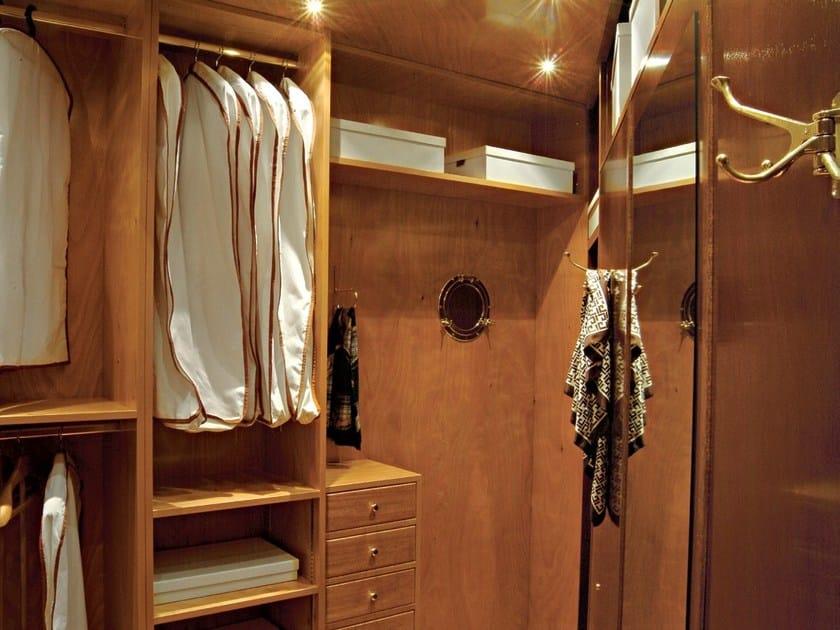 Cabina armadio angolare in legno 700 cabina armadio for Cabina a 2 piani