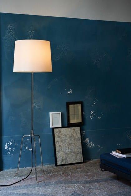 Floor lamp DREISTELZ - J.T. Kalmar