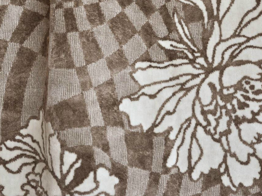 Viscose fabric with floral pattern