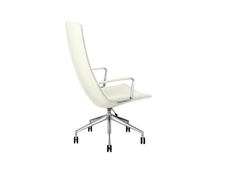 Executive chair with casters CATIFA 60 | Executive chair with armrests by arper
