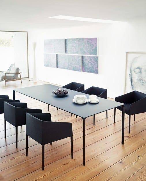 Tavolo rettangolare design nuur tavolo rettangolare arper for Tavolo rettangolare design