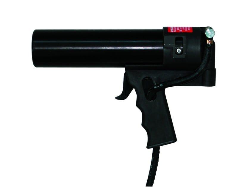 Compressed air gun P 900 by 8-Chemie