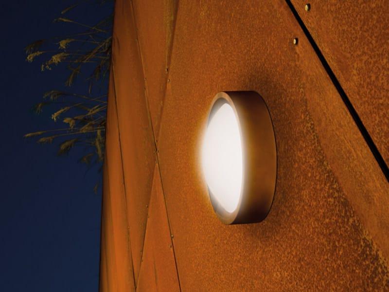 Direct light wall light