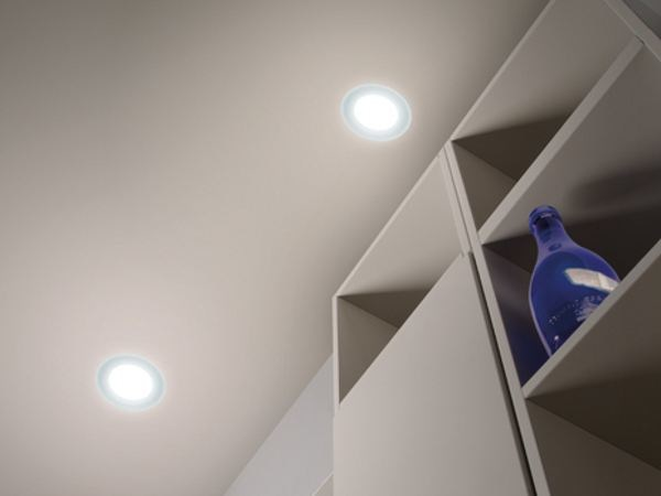 LED built-in glass and aluminium spotlight