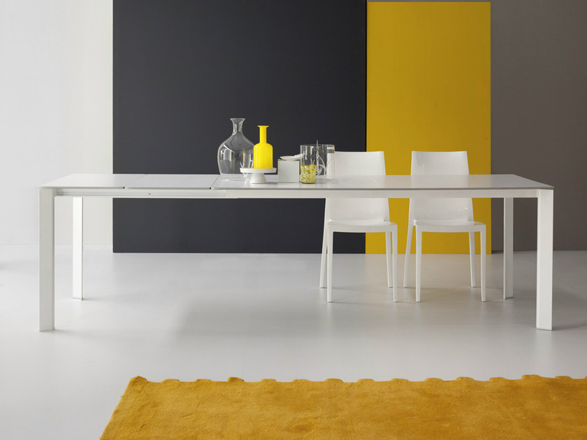 Extending rectangular table KIME by Bonaldo