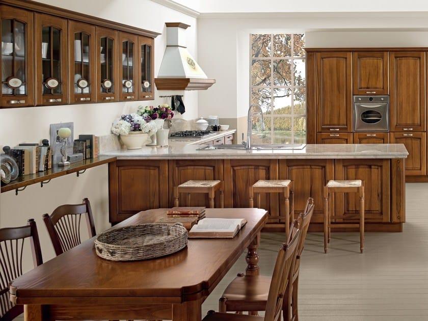 Cucina in noce con maniglie veronica cucina in noce - Cucina bianca e noce ...