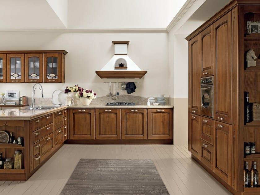 Walnut kitchen with handles VERONICA | Walnut kitchen by Cucine Lube