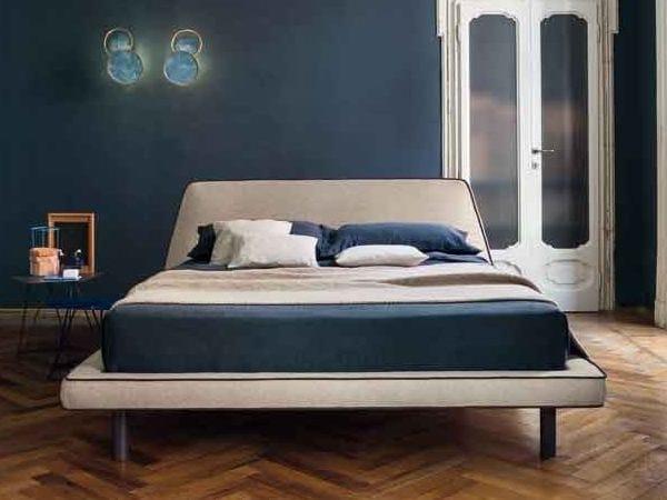 Upholstered bed JOE by Bonaldo
