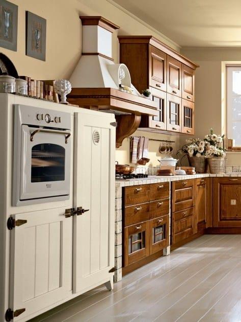 Laura walnut kitchen by cucine lube - Cucine lube costi ...