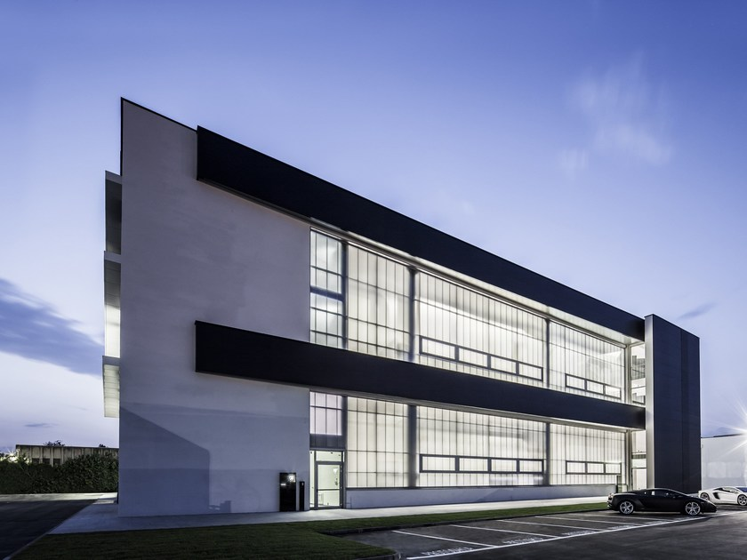 Polycarbonate translucent facade Lamborghini night