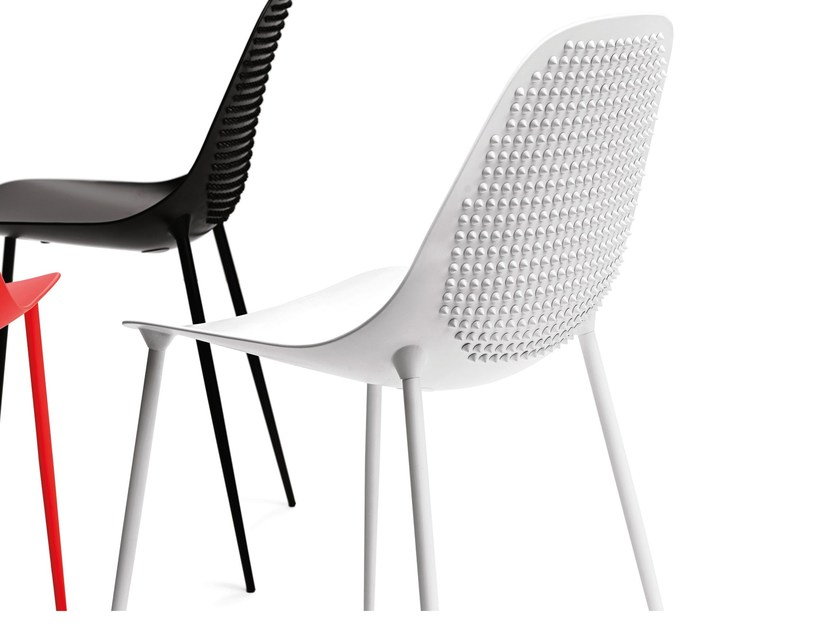 Design stackable aluminium chair MAMMAMIA PUNK by Opinion Ciatti