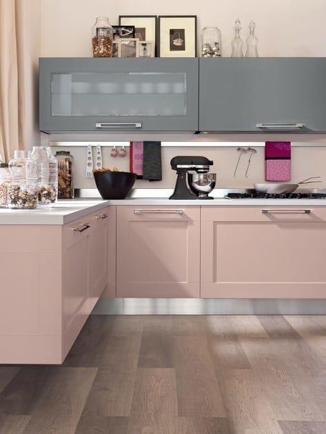 Cucina laccata con maniglie gallery cucina laccata - Cucina lube gallery ...