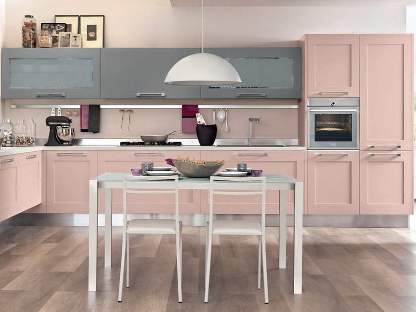 Lacquered kitchen with handles GALLERY | Lacquered kitchen - Cucine Lube