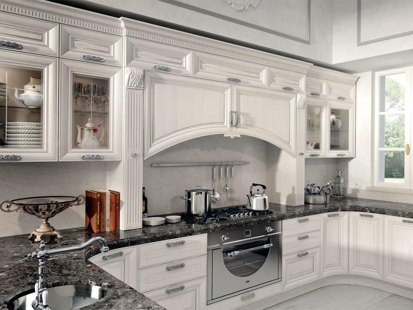 Cucina decapata con maniglie pantheon cucina cucine lube - Cucina pantheon lube prezzo ...