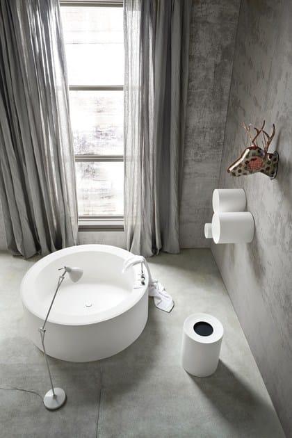 Vasca da bagno centro stanza rotonda in Korakril™ HOLE  Vasca da bagno rotonda - Rexa Design