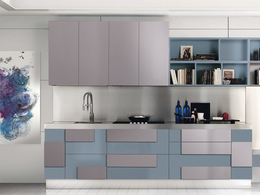 Lacquered fitted kitchen without handles CREATIVA | Lacquered kitchen by Cucine Lube