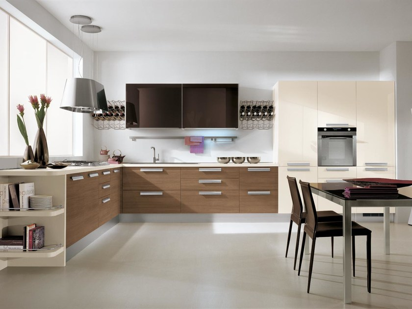 Fabiana kitchen with handles by lube industries s r l for Wooden fitted kitchen