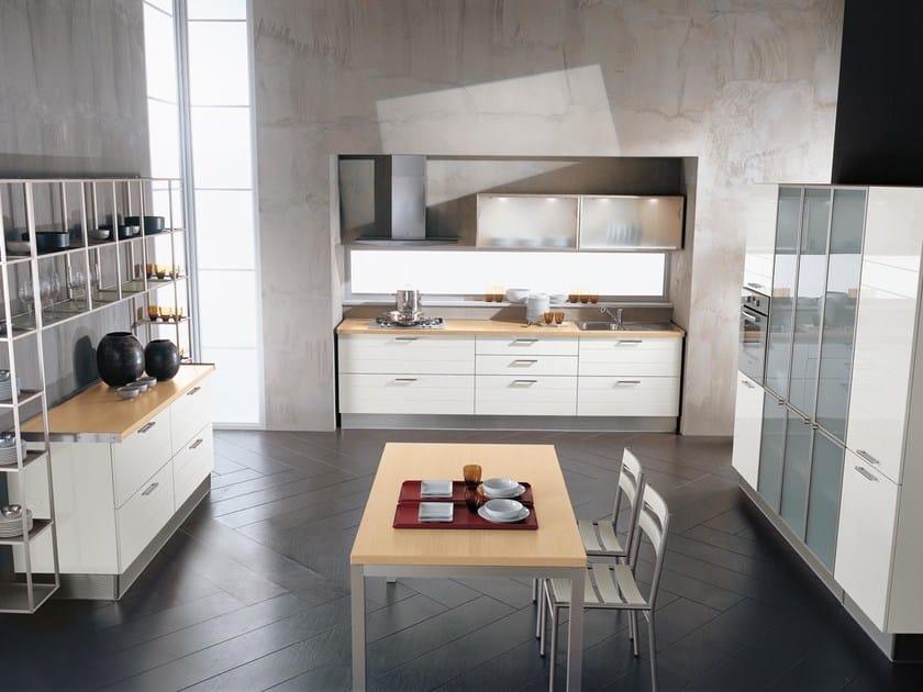 Cucina Componibile Laccata : Cucina componibile laccata collezione fabiana by cucine lube