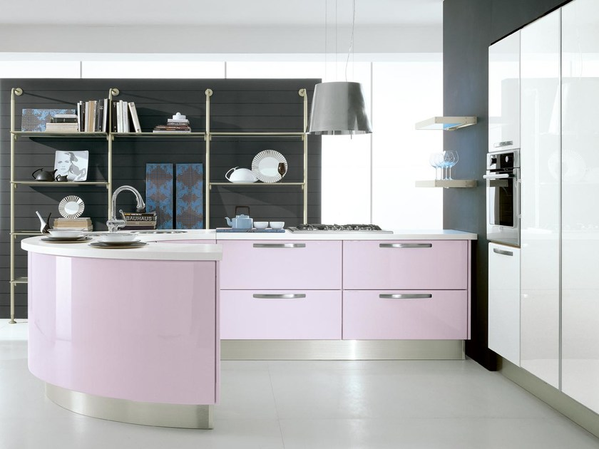 Lacquered wooden fitted kitchen with handles KATIA | Ergonomic kitchen by Cucine Lube