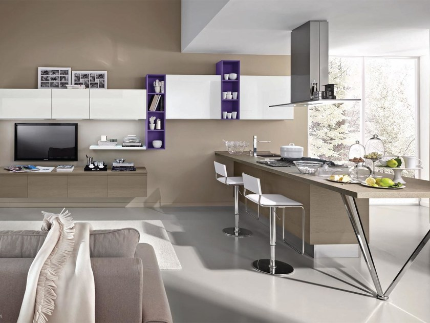 Wooden fitted kitchen without handles LINDA | Fitted kitchen by Cucine Lube