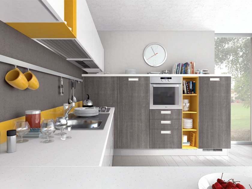 Lacquered wooden fitted kitchen with handles NOEMI | Fitted kitchen by Cucine Lube