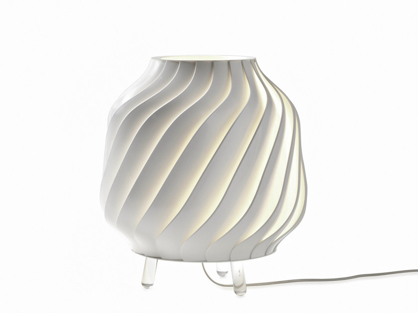 Design halogen plastic table lamp