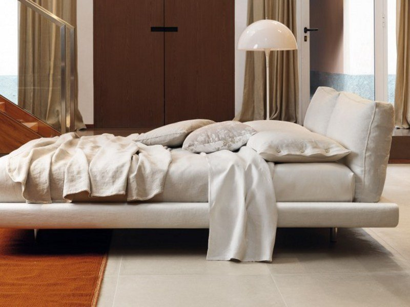 Upholstered double bed OZIUM | Bed by Désirée divani