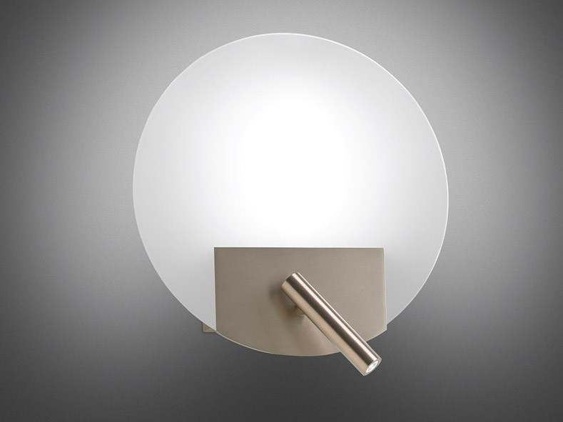 Forum arredamento u camera da letto lampada da lettura a parete