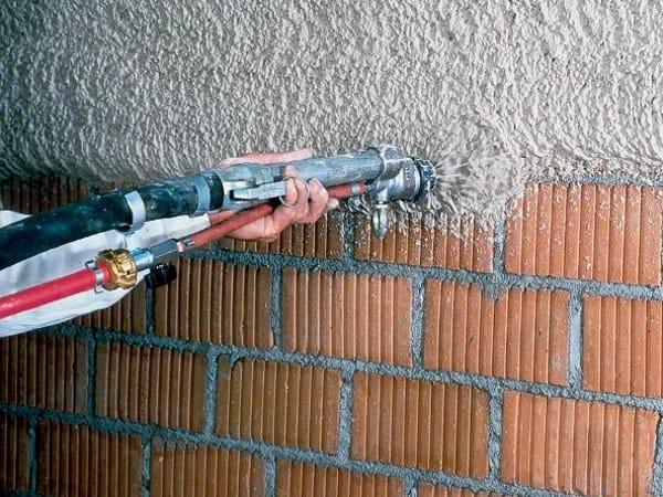 Gypsum plaster MP 75 - Knauf Italia