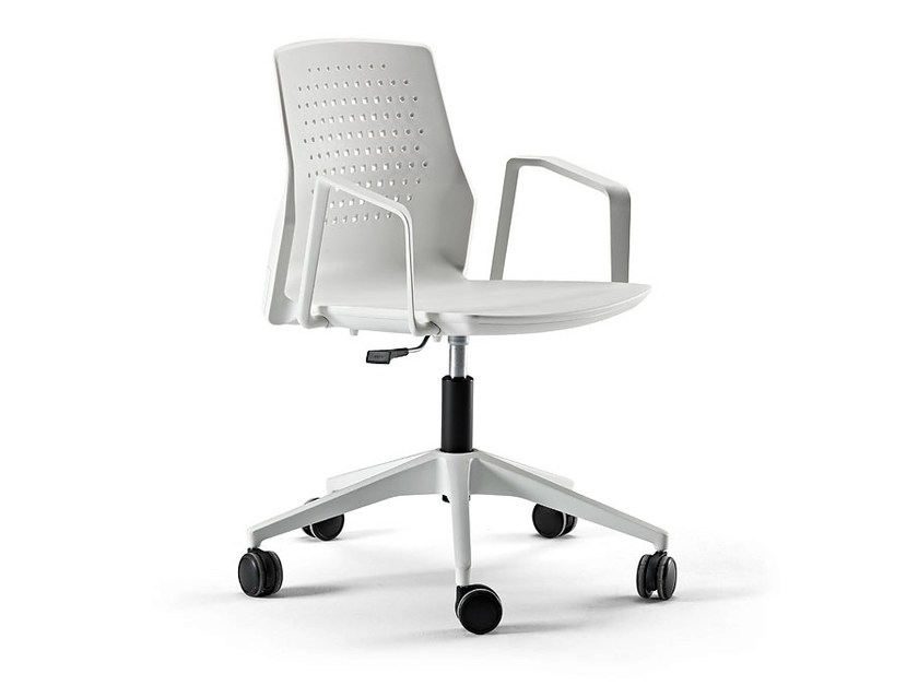 Swivel task chair with 4-Spoke base with casters UKA | Task chair with casters - ACTIU