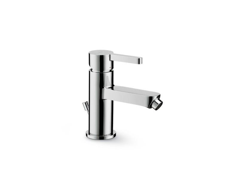Countertop single handle bidet mixer ERGO | Countertop bidet mixer by newform