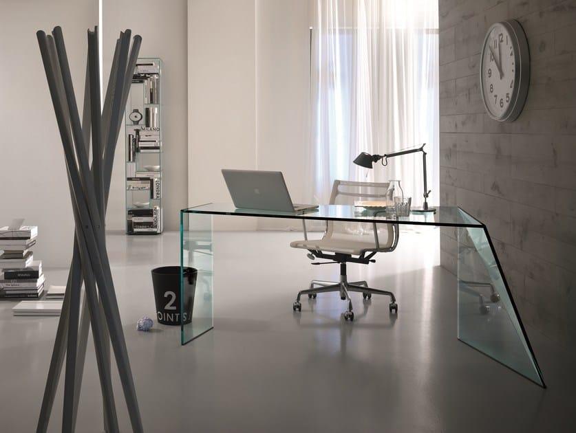 Scrivania in cristallo penrose scrivania tonelli design - Scrivania cristallo ufficio ...