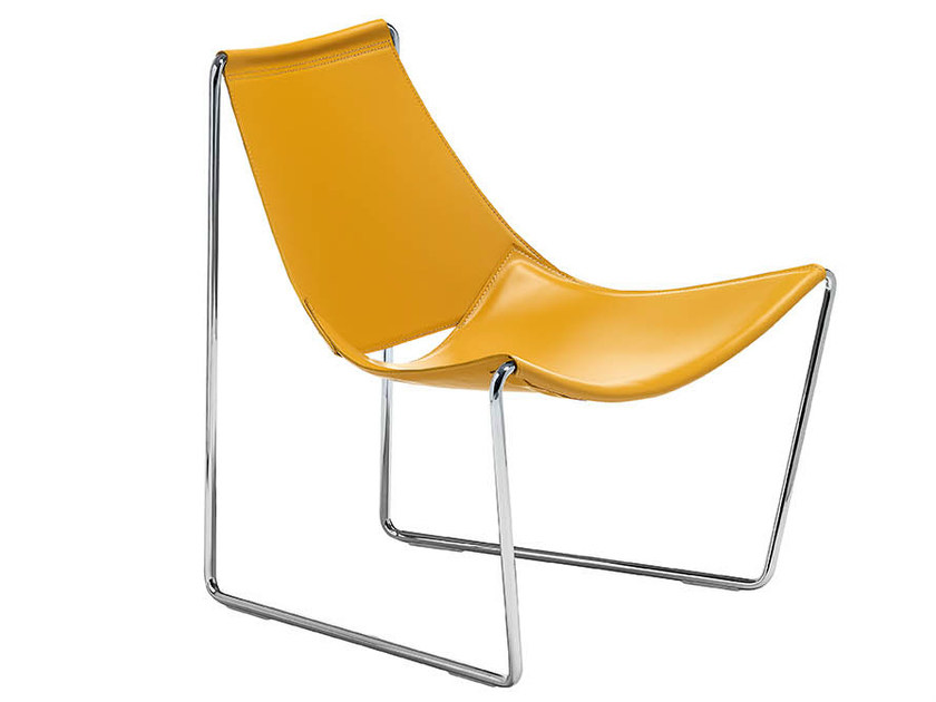 Sled base tanned leather easy chair APELLE AT | Contemporary style easy chair by Midj