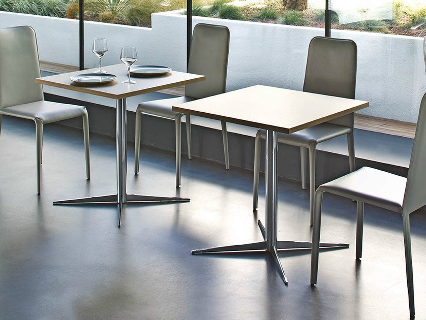 Square table with 4-star base FOUR | Square table - Midj