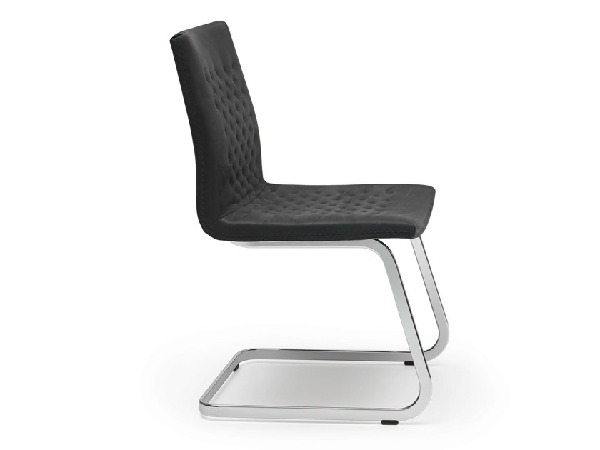 Cantilever visitor's chair DS-1051 | Cantilever visitor's chair by de Sede