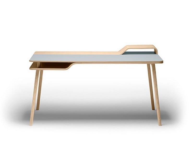 Scrivania in legno belharra by treku design jean louis for Scrivania design