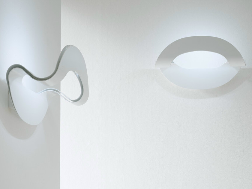 LED aluminium wall light OLA | Wall light by Karman