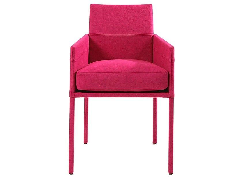 gepolsterter stuhl aus stoff mit armlehnen texas divina kollektion texas by kff. Black Bedroom Furniture Sets. Home Design Ideas