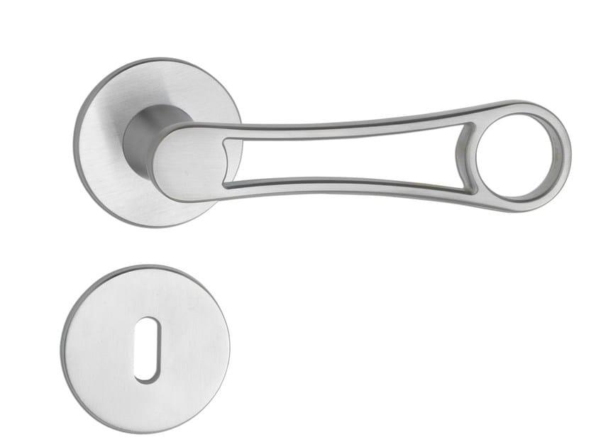 Door handle on rose C177 - SOBERAL | Door handle - Enrico Cassina