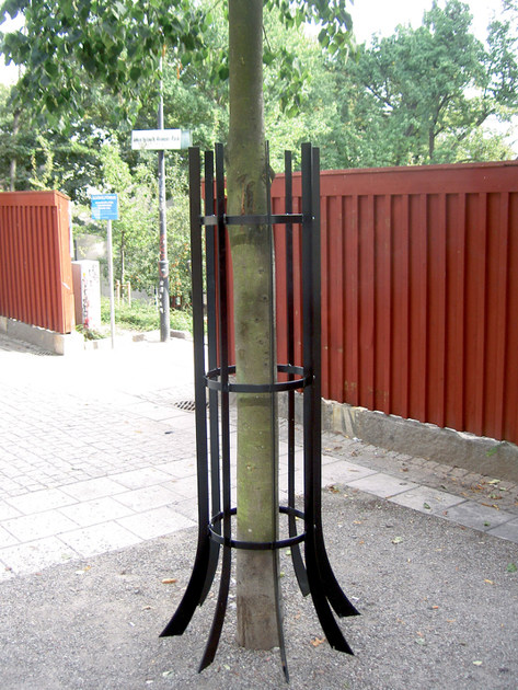 Steel tree guard MIRJA - Nola Industrier