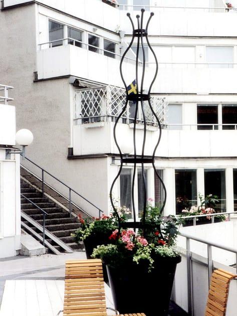 Self-supporting steel vertical gardening trellis SIRI - Nola Industrier