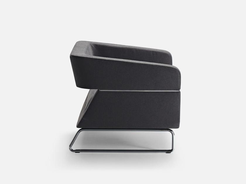 Sled base guest chair with armrests MATRIX | Armchair - La Cividina