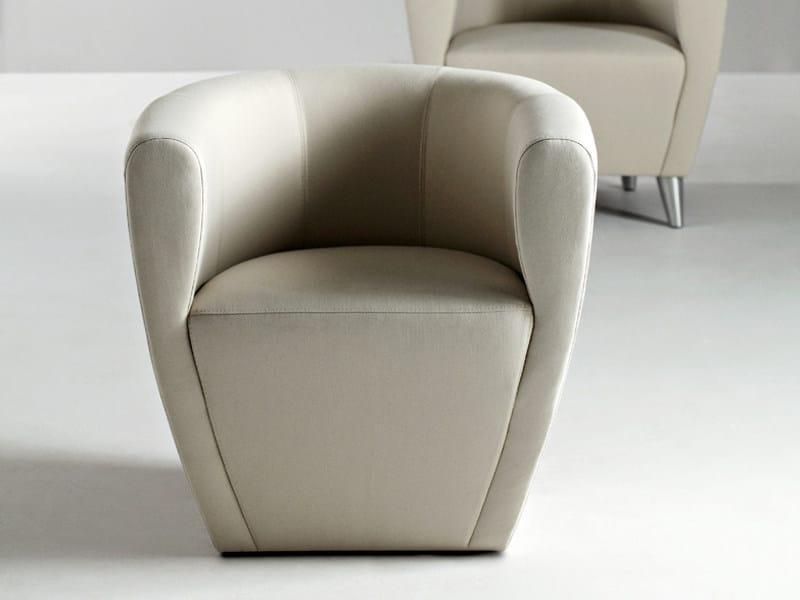 Armchair with armrests TWINGO | Armchair - La Cividina
