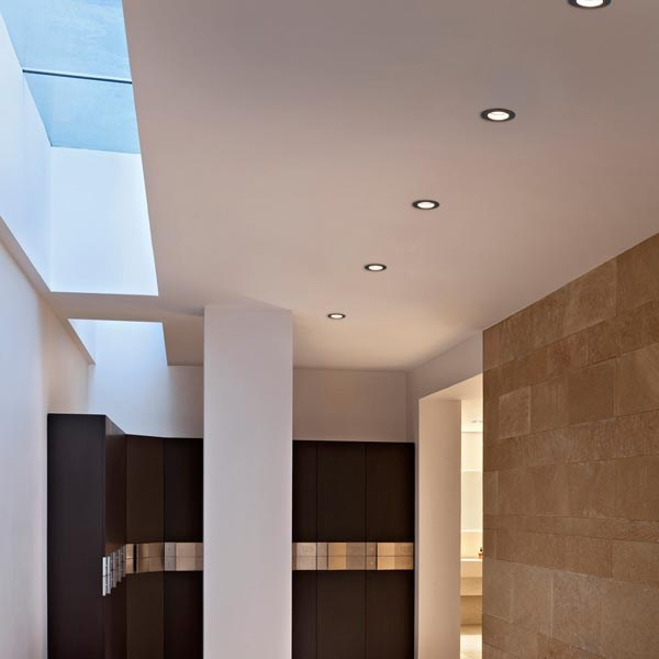 Faretto a led in alluminio a soffitto da incasso light for Faretti flos