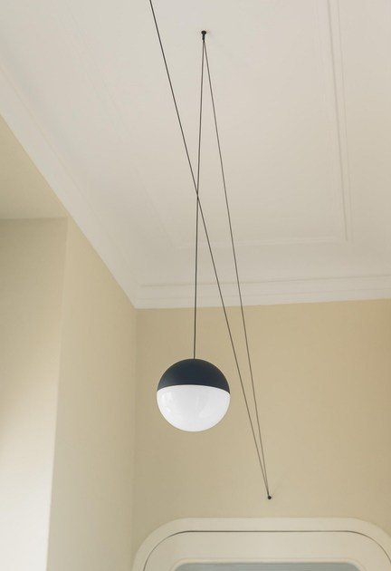led pendant lamp string light sphere head by flos design michael anastassiades. Black Bedroom Furniture Sets. Home Design Ideas