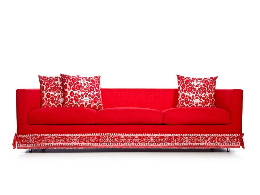 3 seater sofa with fire retardant padding BOUTIQUE DIARY | Sofa - Moooi©