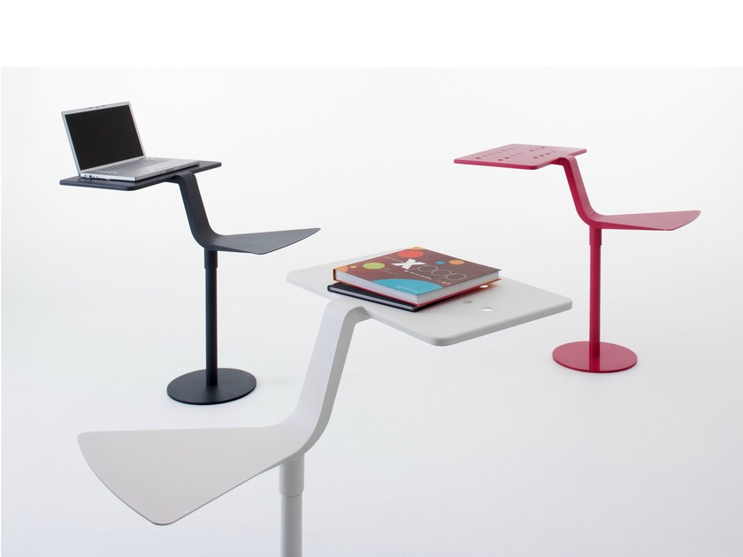 Steel stool / coffee table FLAMINGO by Nola Industrier