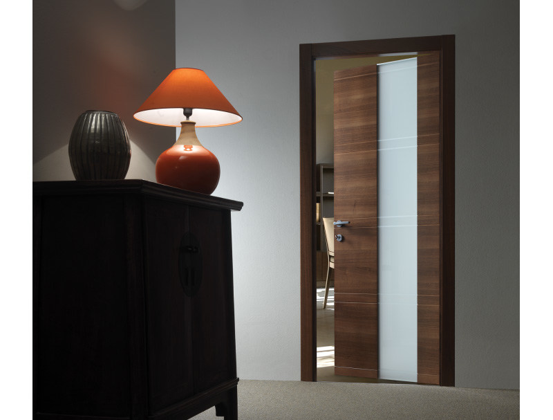 Hinged wood and glass door INTAGLIO / 10 VETRO - FERREROLEGNO