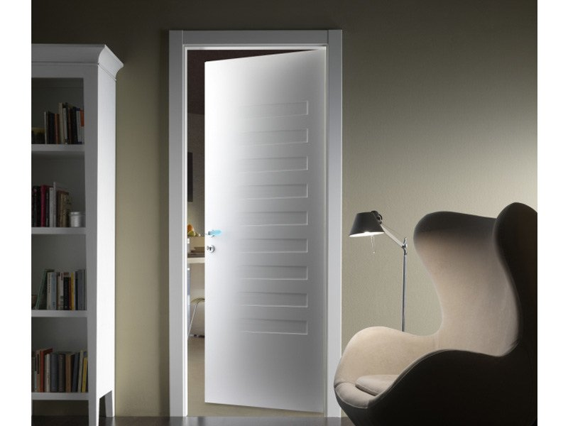 Porta a battente laccata suite 10 ferrerolegno for In legge suite in affitto