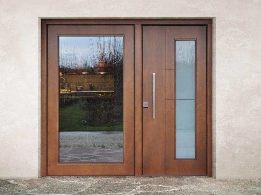 Porta d 39 ingresso blindata in legno e vetro superior 16 for Finestra basculante